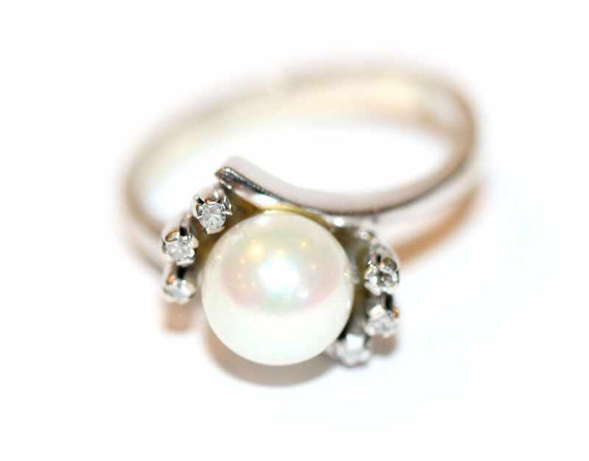 14 k Weißgold Ring mit Perle und 6 Zirkonen, 4,3 gr., Gr. 53