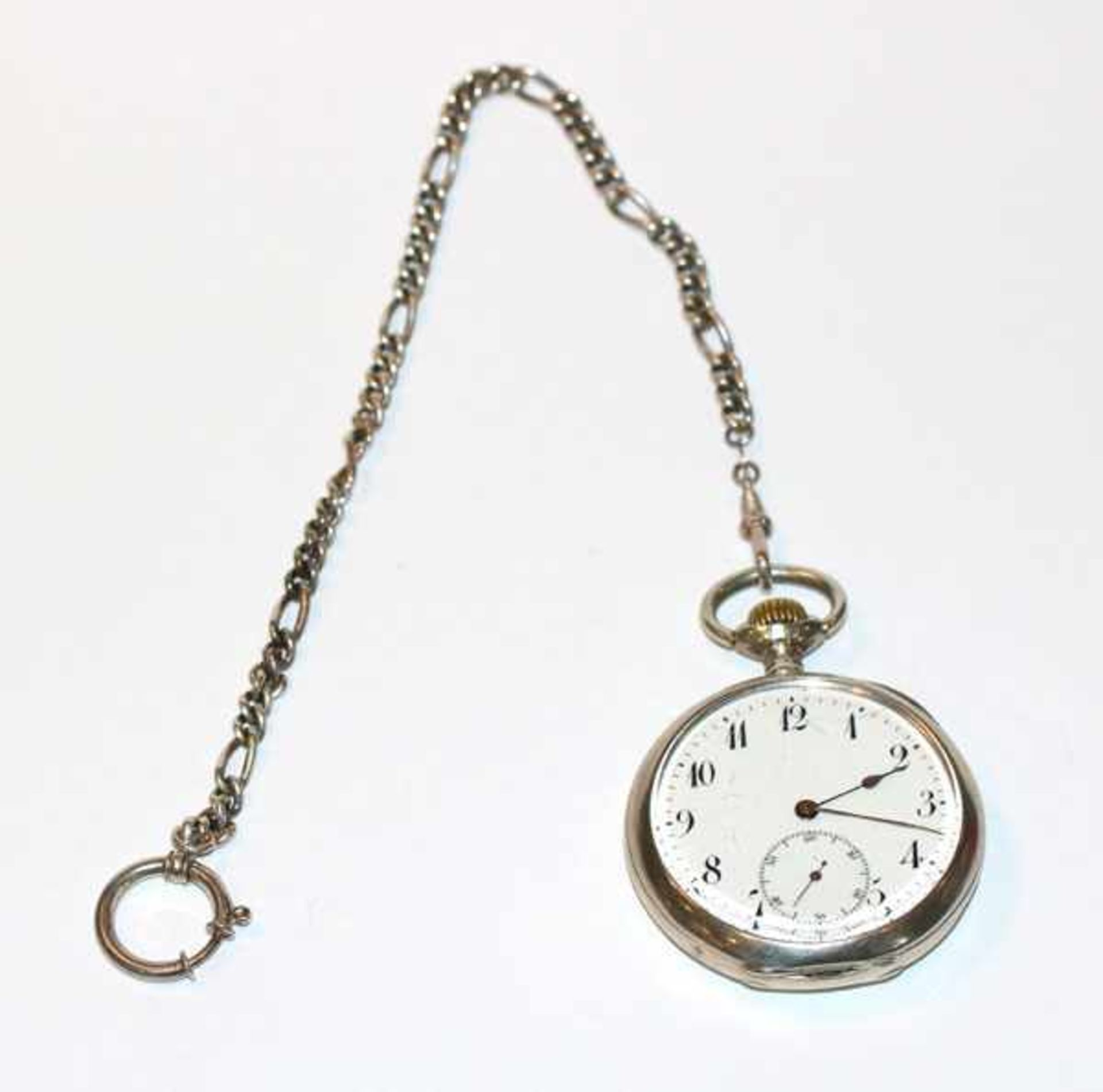 Los 17 - Silber Taschenuhr mit Sekundenzeiger, D 5 cm, an Uhrenkette, L 26 cm, Uhr wohl intakt