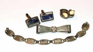 Silber Konvolut: Schleifenbrosche, B 5,5 cm, 2 Paar Manschettenknöpfe, Grandeln und Azurit, und