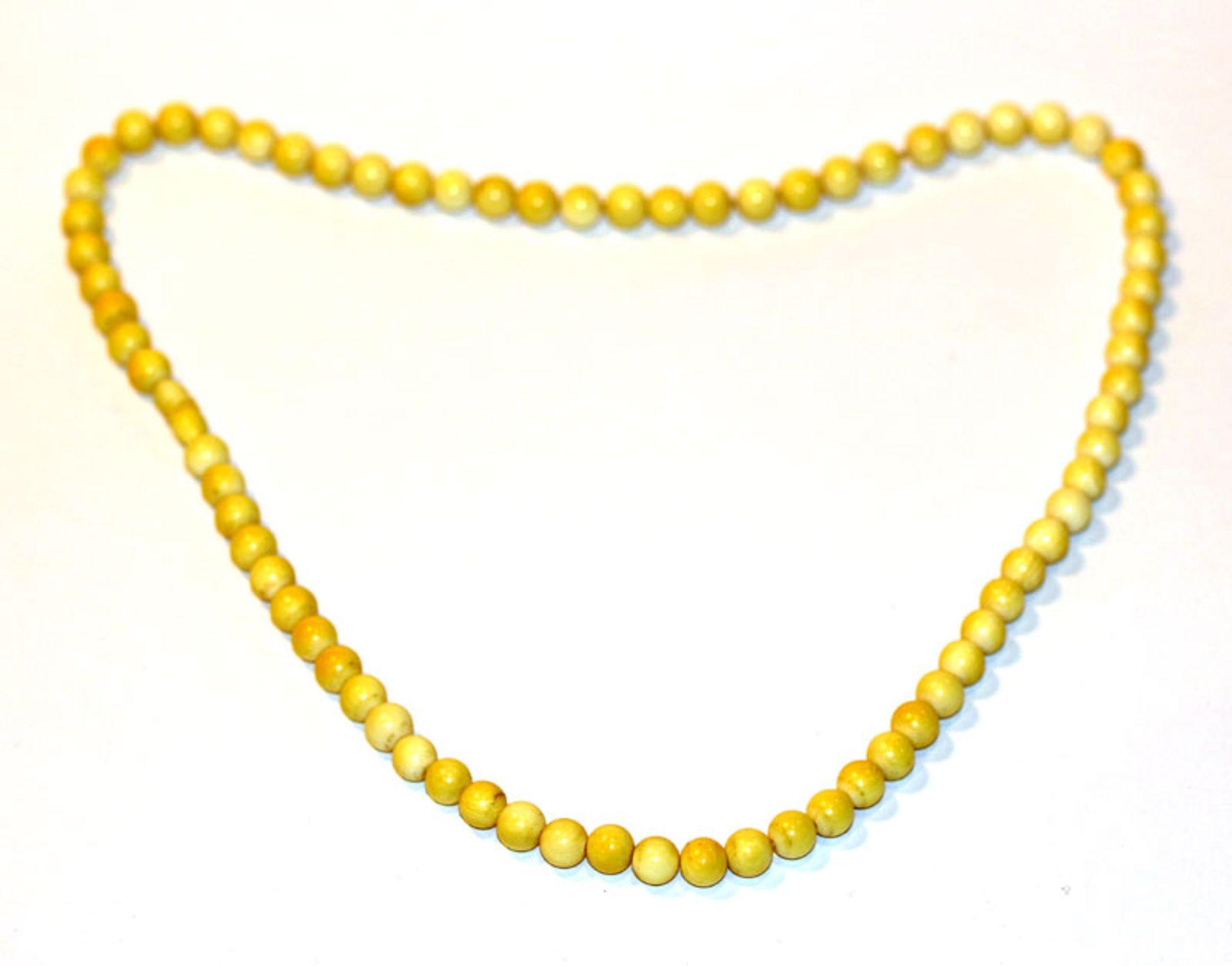 Bein/Elfenbein Kugelkette in Verlaufform, L 58 cm