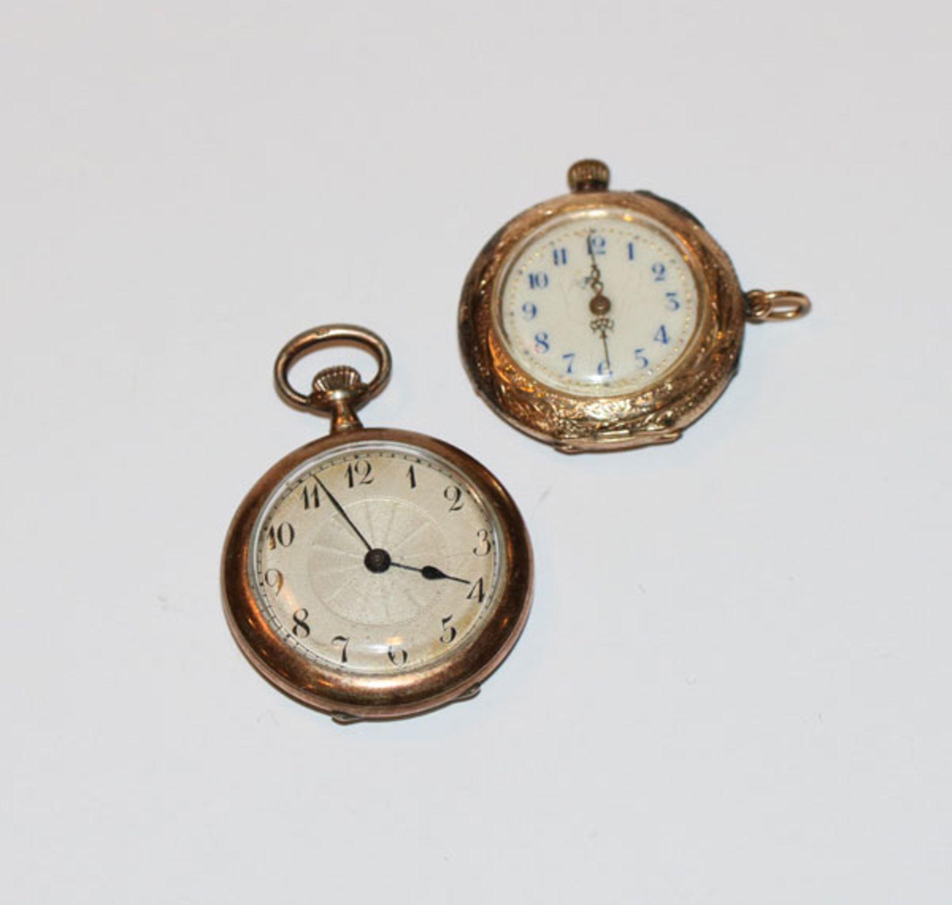 14 k Gelbgold Damen-Taschenuhr, rückseitig fein graviert, D 3 cm, und Silber Damen Taschenuhr, D 3