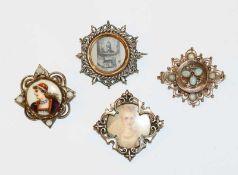 3 dekorative Modeschmuck Broschen und eine 8 k Roségold Nadel mit Opalen, Nadel fehlt, Tragespuren