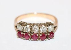 14 k Gelb- und Weißgold Ring mit 5 Diamanten und 5 Rubinen, Gr. 55, 4,67 gr.