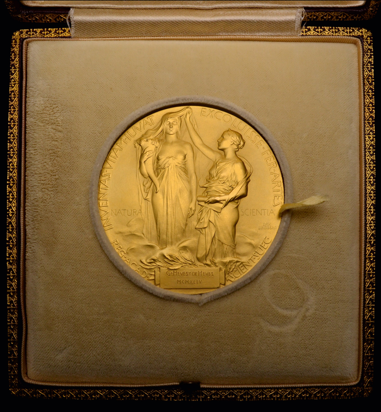 Lot 77 - The Nobel Prize in Chemistry and three further medals awarded to George de Hevesy (1885-1966),