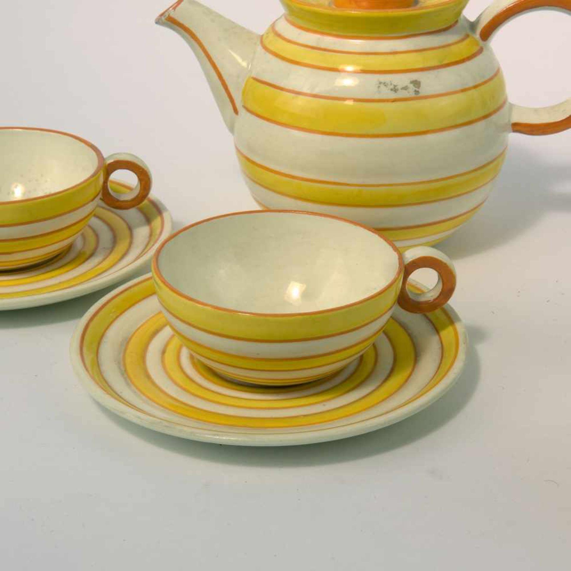Eva Zeisel-Stricker Teeservice, um 1928 Sechs Teile. Teekanne: H. 12,7 cm; Milchkanne: H. 7,5 cm; - Bild 3 aus 6