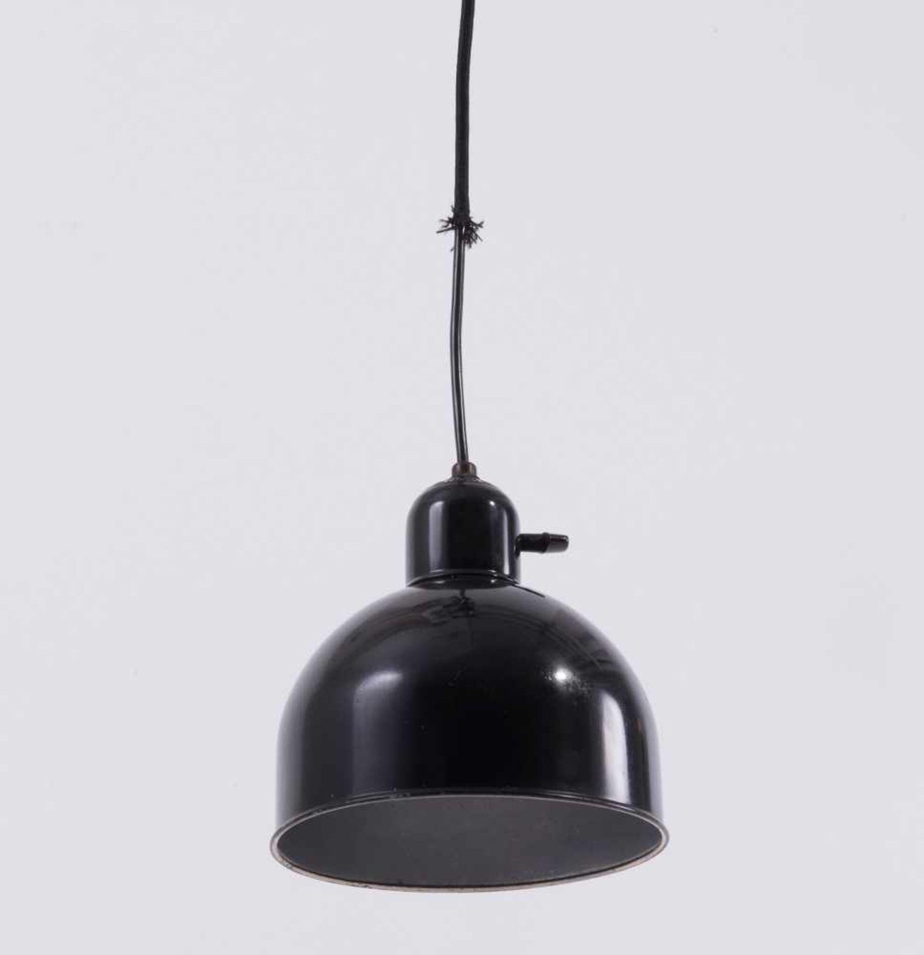 Los 48 - Christian Dell Deckenleuchte, um 1933/34 H. 19,5 cm, Dm. 18,5 cm (Schirm). Kaiser & Co., Neheim-