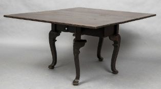 A late 18th/early 19th century Anglo-Chinese gate-leg table,