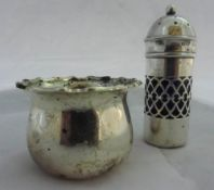 A silver salt and pepper