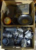 A quantity of miscellaneous items,