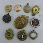 A bag of lockets
