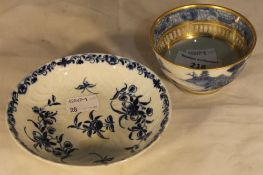 A Worcester saucer and a tea bowl