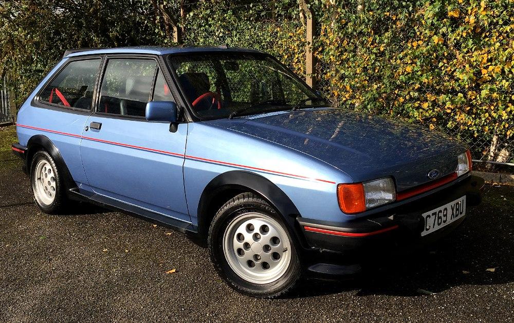 1985 ford fiesta xr2 c769 xbu 1 6 petrol 3 door hatchback in paris blue metallic with half le. Black Bedroom Furniture Sets. Home Design Ideas