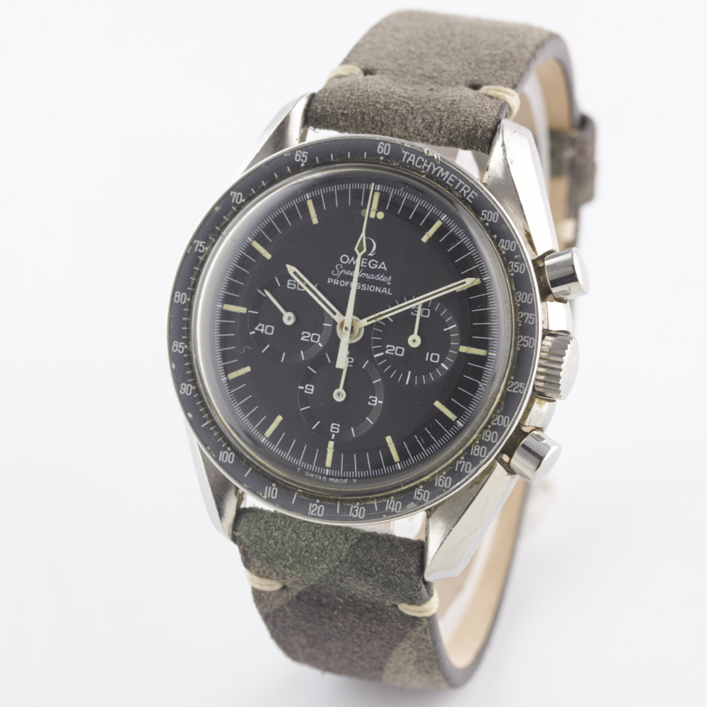 Lot 181 - A RARE GENTLEMAN'S STAINLESS STEEL OMEGA SPEEDMASTER PROFESSIONAL CHRONOGRAPH WRIST WATCH CIRCA 1969
