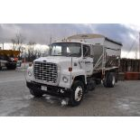 1985 Ford 8000 w/ Willmar 10-ton bed & auger, Cat 3208, 5+2 speed, spring-ride, air-brakes