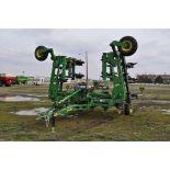 John Deere 2510 H NH3 bar 15-disc, dble hyd fold, 3 pt or pull-type, rear wts, rear wheels, Raven
