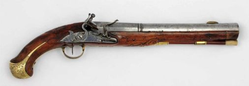 Very rare Suhl flintlock pistol A flintlock full-stocked pistol stamped SVL and Suhl-chicken