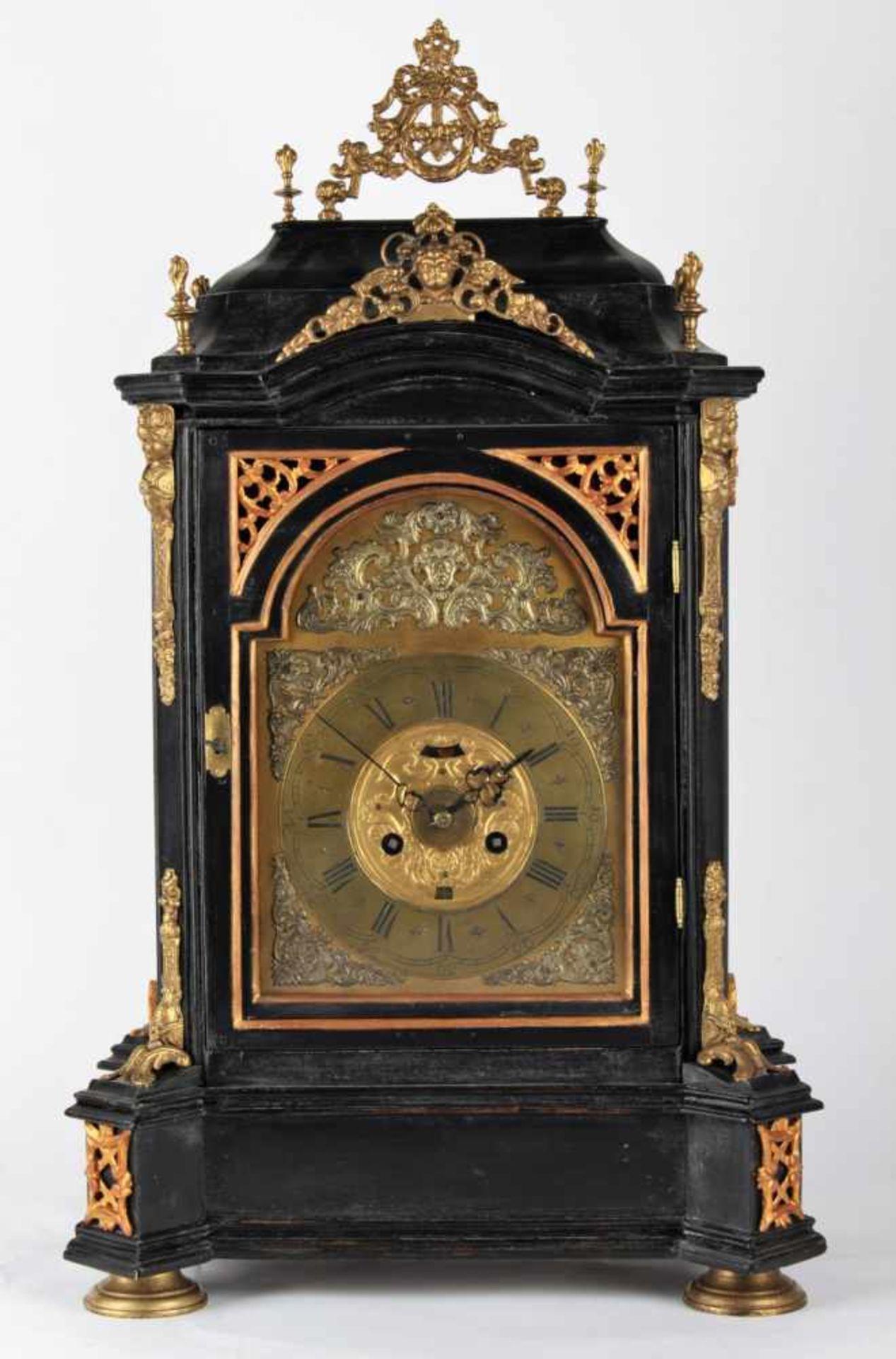 Los 22 - Large baroque table clock Stredni Evropa, pravdepodobne Cechy, 1. polovina 18. stoleti,
