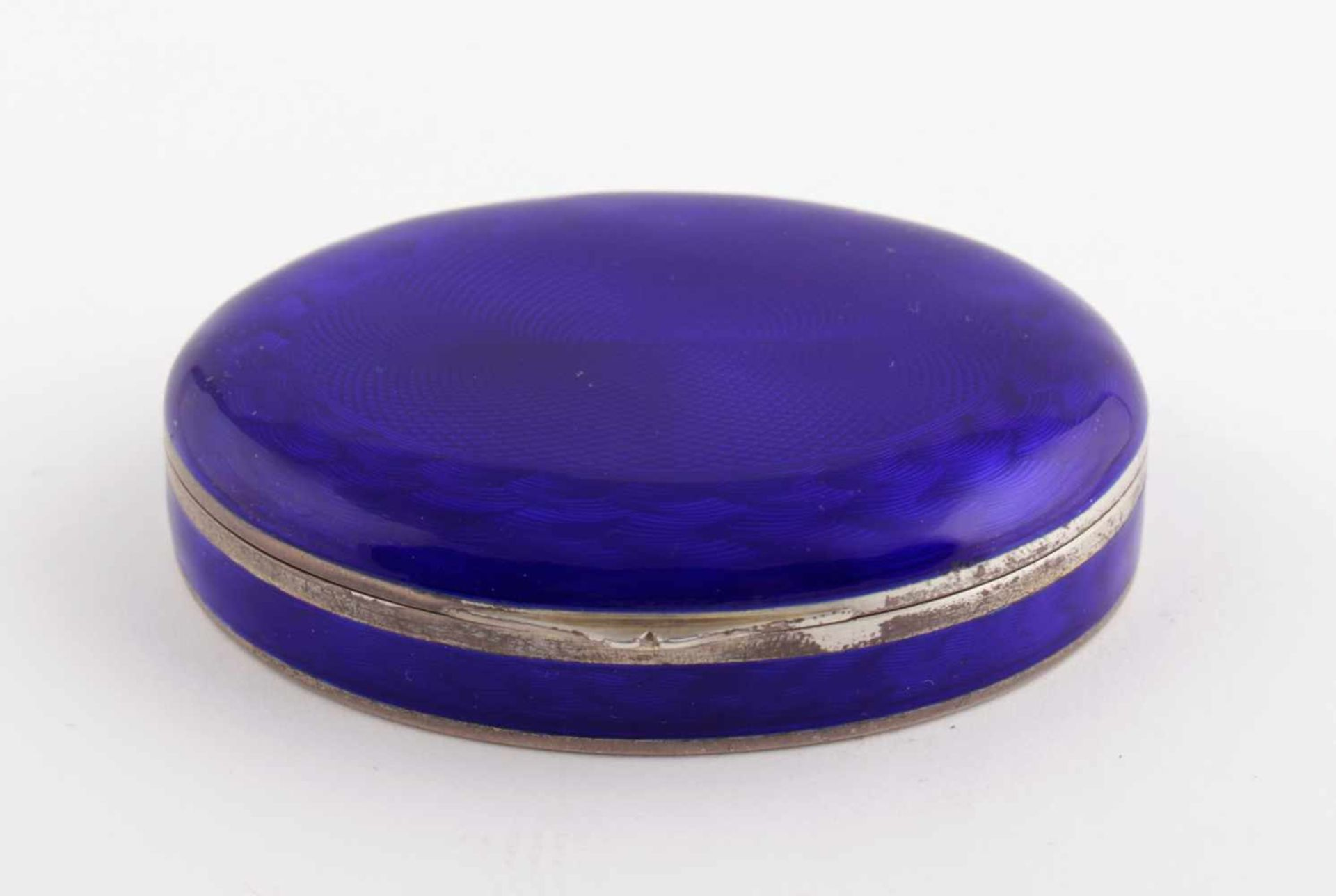 Silver enamel decorated box 1st third of the 20th century, marked KA & Co, London import hallmarc,