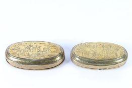 Twee koperen tabaksdozen, L: 13.5 en 13 cm.