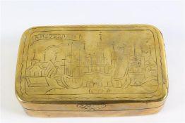 Koperen tabaksdoos, 'Amsterdam'. L: 12 cm.