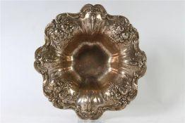 Zilveren schaal, Reed & Barton. D: 29 cm.
