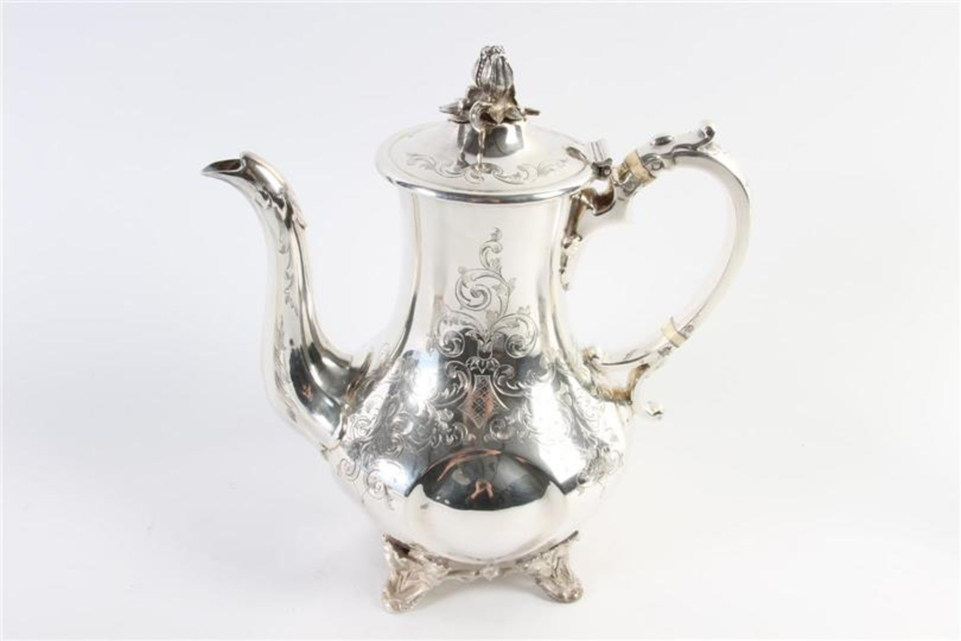 Los 42 - Set van verzilverde koffiepot, theepot en suikerpot, 19e eeuw.