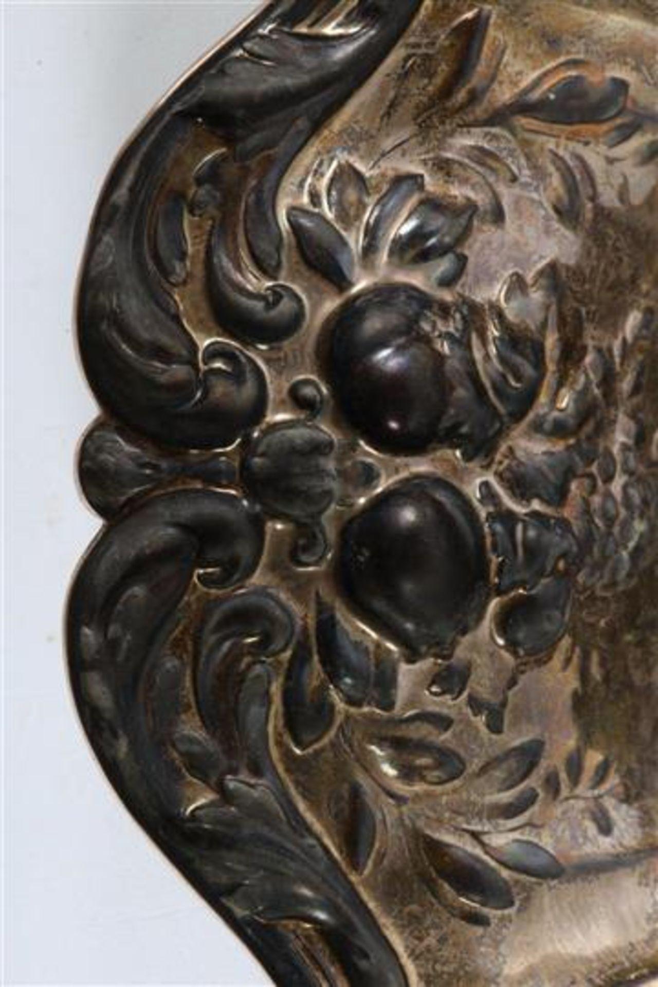 Los 20 - Zilveren schaal, Reed & Barton. D: 29 cm.