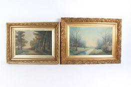 Twee schilderijen op doek in vergulde gipslijsten, 'Bosgezichten'.
