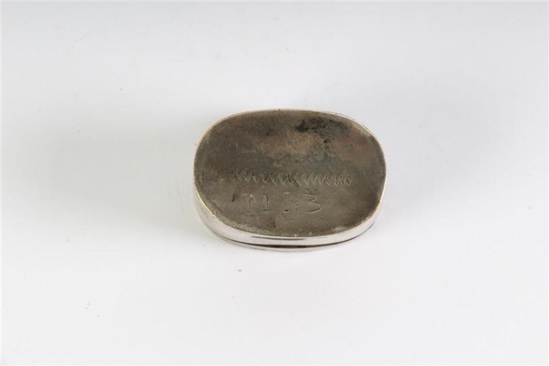 Set van zes diverse zilveren doosjes, waaronder loderein en tondel. - Bild 3 aus 3