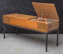Phonoschrank, 1960/70er Jahre, Blaupunkt, mit Plattenspieler u. Radio, Stereo, rs. Typenschild