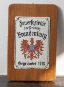 """Emailschild, """"Feuersozietät der Provinz Brandenburg. Gegründet 1719"""", gewölbt, auf weißem Fond"""