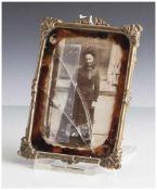 Miniaturbilderrahmen, 19. Jahrhundert, Metall. Ca. 13,5 x 10 cm, Glas def.