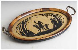Ovales Tablett, wohl um 1910/20, seitlich je Handhabe aus Metall, das Tablett aus Holz, Ablage mit