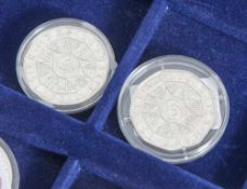 2 Silbermünzen, 5 Euro, Österreich, 2002, PP, 250 Jahre Tiergarten Schönbrunn, Münzen jeweils in