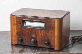 Radio, Simens, Modell 47 W. Ätherzeppgerät mit Holzgehäuse. Länderscala BJ 1933/34. Ca. 41 x 28 x