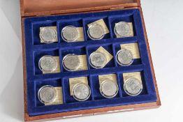 Konvolut von 48 Silbermünzen, 5 DM, BRD, Stempelglanz, VZ, Silberadler, bestehend aus je einem