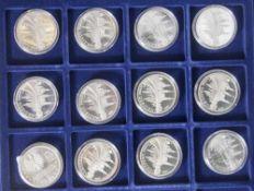 12 Silbermünzen, 10 Euro, 2006, BRD, PP, 800 Jahre Dresden, Münzen in Kapsel und blauer