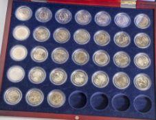 Konvolut von 31 Münzen, 2 Euro, 2007, VZ, div. Länder u. Motive, Münzen jew. in Kapseln u. in