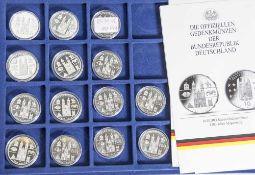 14 Silbermünzen, 10 Euro, 2005, BRD, PP, 1200 Jahre Magdeburg, Münzen in Kapsel und blauer