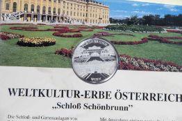 """Silbermünze, 2002, Österreich, """"Schloß Schönbrunn"""", Numis-Card 01/2002, PP, in Original-"""