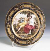 """Prunkteller """"Jupiter und Galista"""", Alt Wien, 19. Jahrhundert, auf Unterboden blaue Bienenkorbmarke"""