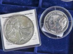 Konvolut Silbermünzen, bestehend aus: a) 1 Silberdollar, USA, 1987, Silver Eagle, Stempelglanz,