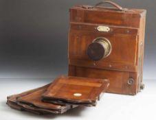 Plattenkamera mit 3 separaten Platten, wohl 19. Jahrhundert, Herst. Emil Wünsche AG in Dresden-