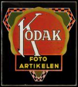 KODAK (2) Hinterglasschild, Niederlande um 1930, 95 x 105 cm, selten Glazen reclamebord, met koper