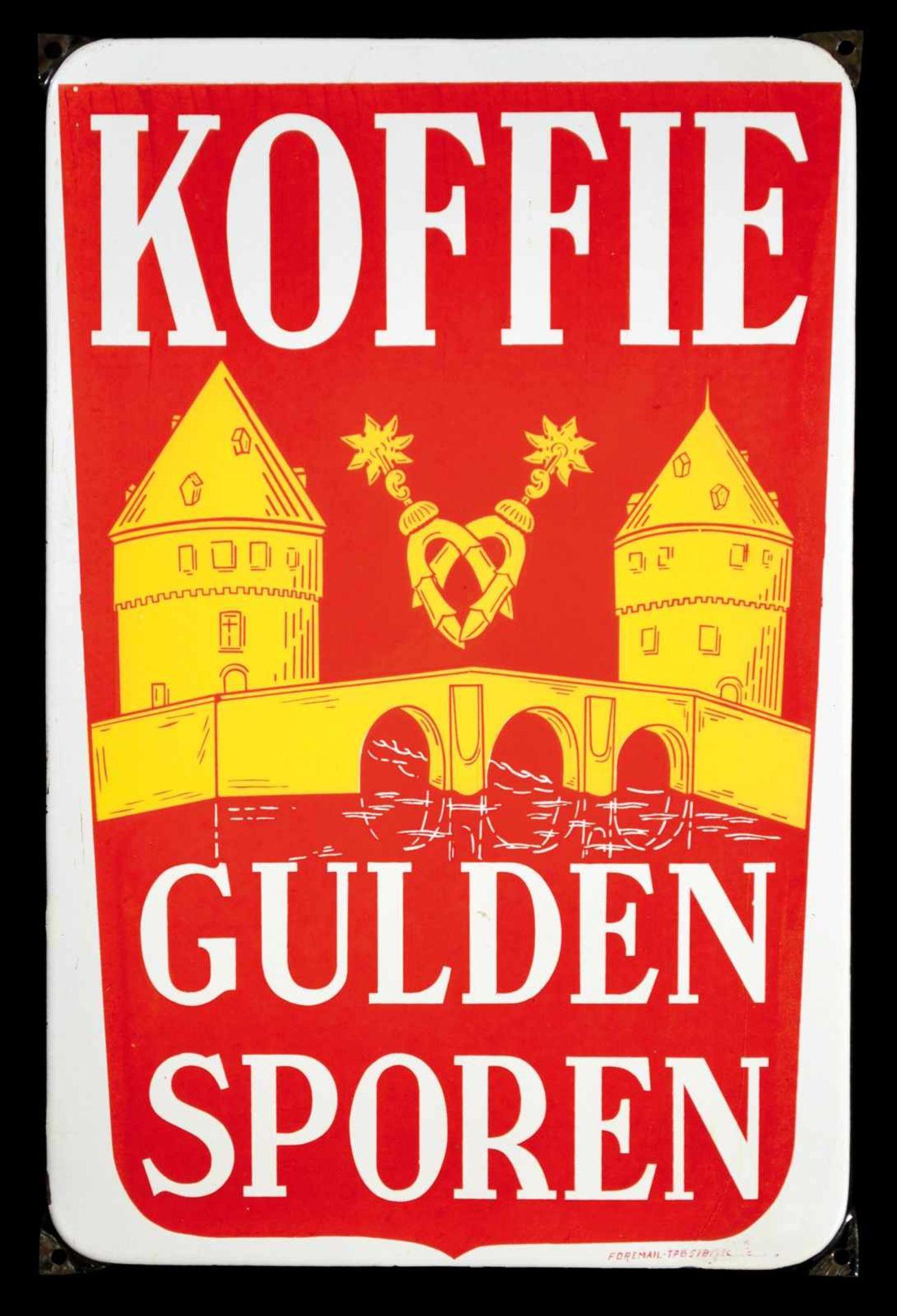 KOFFIE GULDEN SPOREN (1+) Emailschild, abgekantet, schabloniert, Belgien 50er Jahre, 40 nx 60 cm,