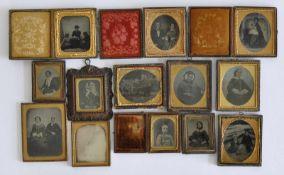 SAMMLUNG, Historische Fotografien, 2. Hälfte 19.Jh., Konvolut von 13 Stück, Ambro-, Daguerreo- und