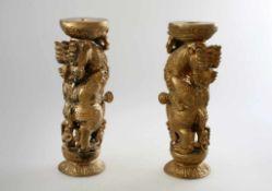 Paar vollplastische Säulen - Pfosten Indien Aufwendig gestaltet mit Elefant und Figurenstaffage,
