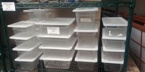 Lot 24 - Shelf Lot of Approx. 26 Cambro Storage Containers with Lids