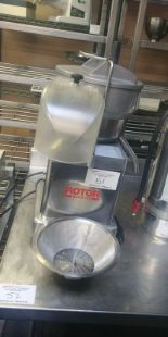 Lot 51 - Rotor Vitamat Juice Machine