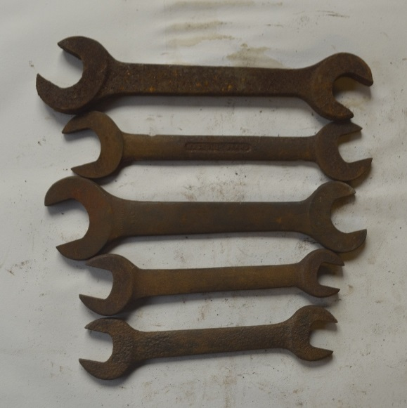 "Lot 18 - Five BSW - BSF spanners, length of longest approx. 11"" (5)."